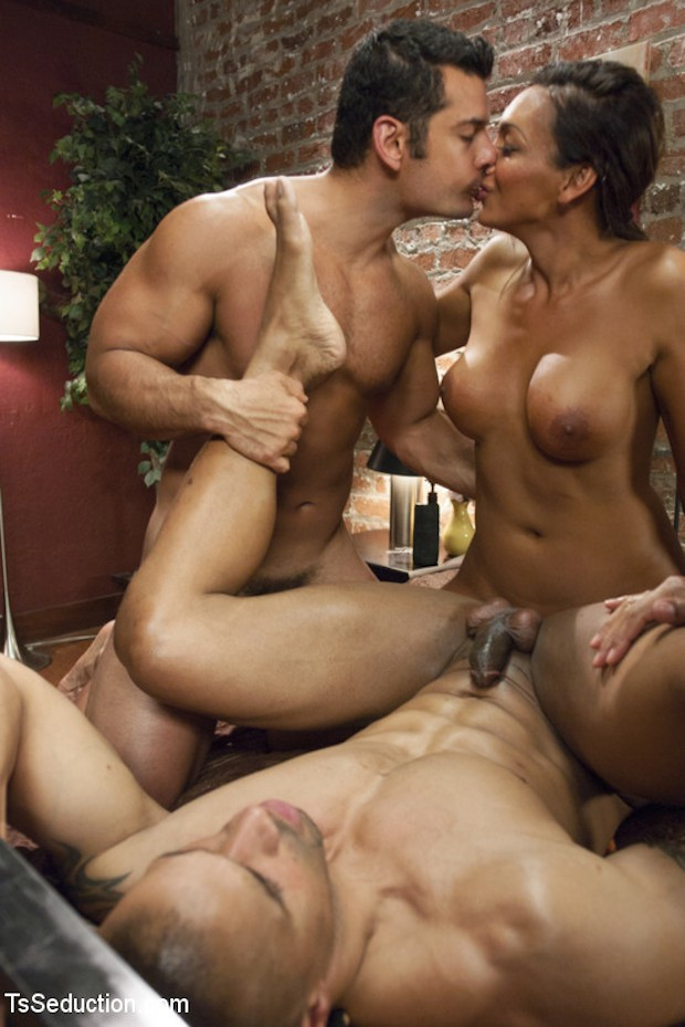 Marcus Ruhl And Pals Threesome